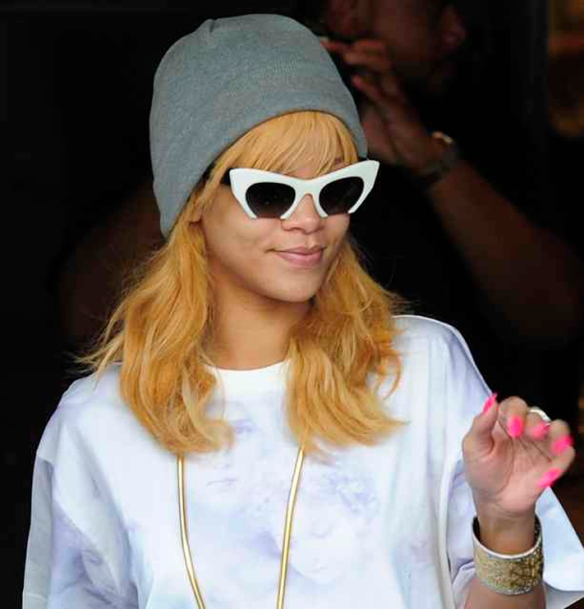 MIU MIU eyewear_Rihanna_3