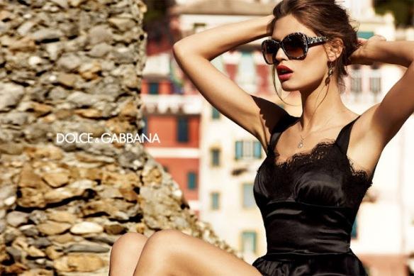 Bianca-Balti-Dolce-Gabbana-Eyewear-01