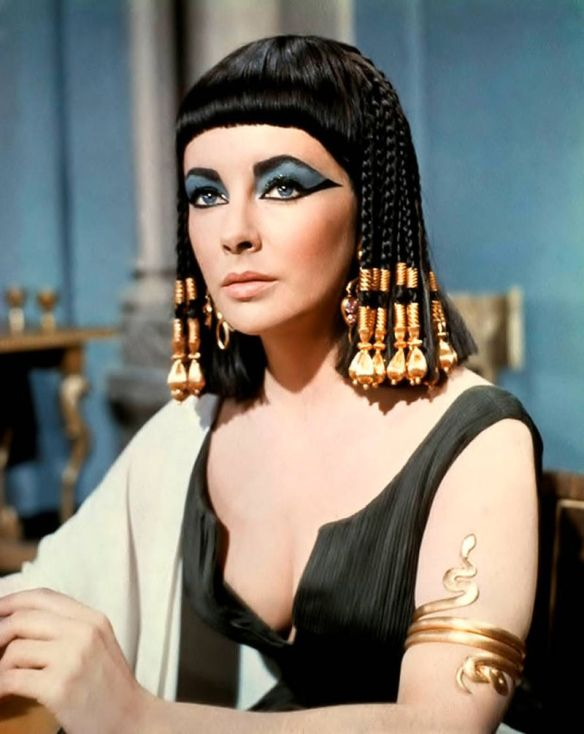 Elizabeth-Taylor-Top-Tenz-Cleopatra