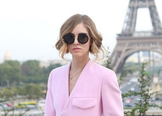 row8-linda-farrow-chiara-ferragni-round-sunglasses-the-blonde-salad-3-e1381165091461-500x328